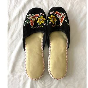 Handmade Embellished Shoes from China